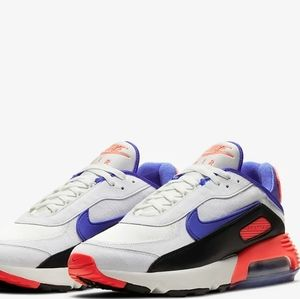 New In Box Mens Nike 2090 EOI